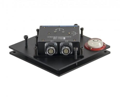 Цифровой инклинометр ZET 7X54 на регулировочной площадке
