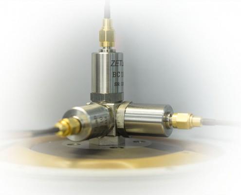 AM51-1-495x400