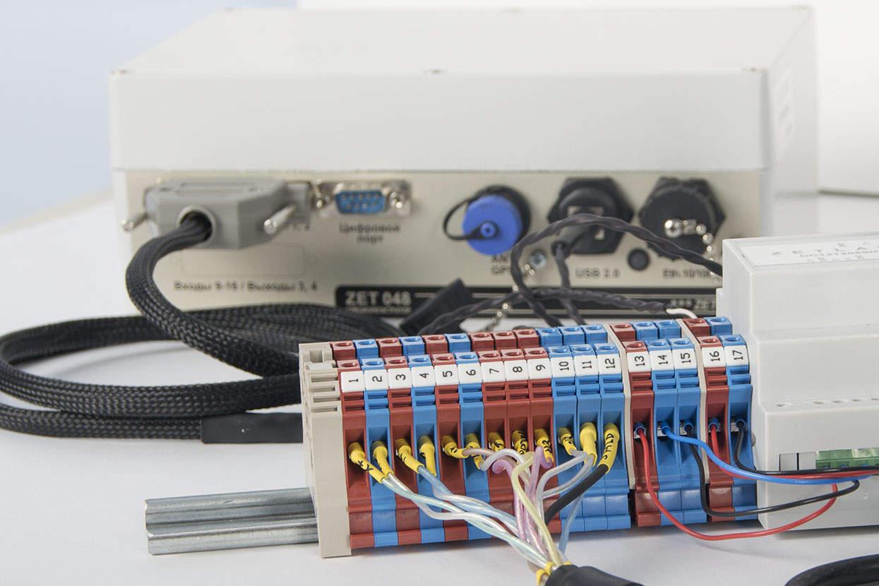 Клеемная колодка для подключения ВС 1313 к ZET 048-I