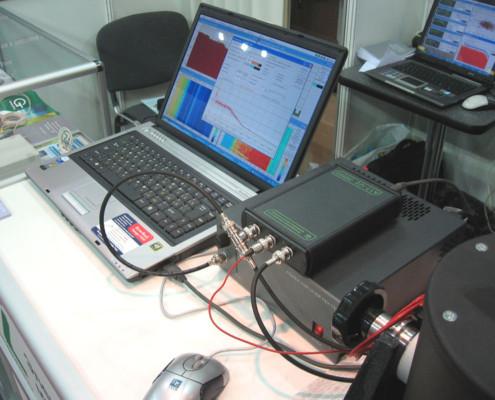 Датчики ускорения, специализированный регистратор.