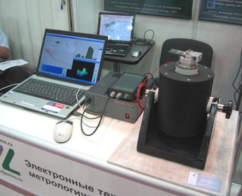 На выставке была представлена система управления вибростендами в миниатюрном исполнении