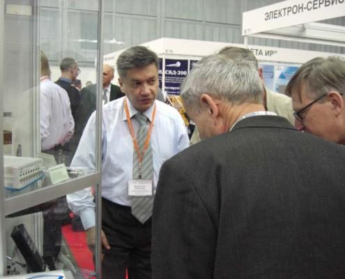 Всеобщее внимание привлек прибор ZET 110 - виброметр, шумомер и регистратор данных в одном флаконе.