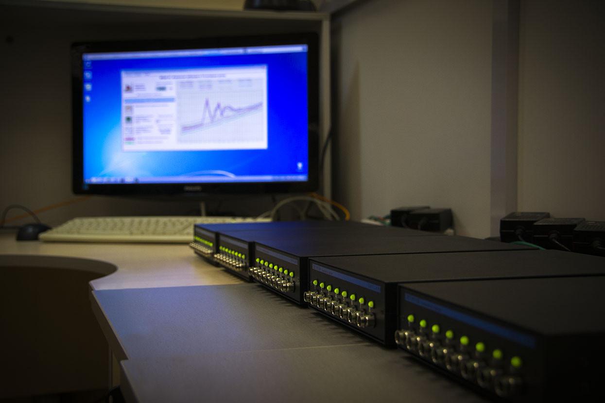 Многоканальная измерительная система входит в состав ПО ZETLAB, позволяет отлбражать измеренные значения сразу по всем измерительным каналам
