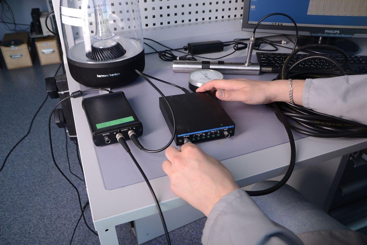 Поверка гидрофонов в метрологии ZETLAB