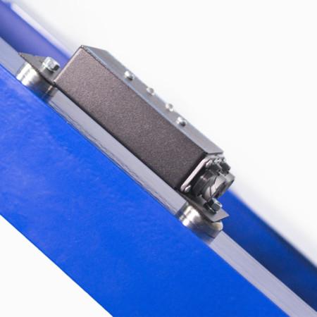 Как крепятся промышленные датчики на металлическую основу