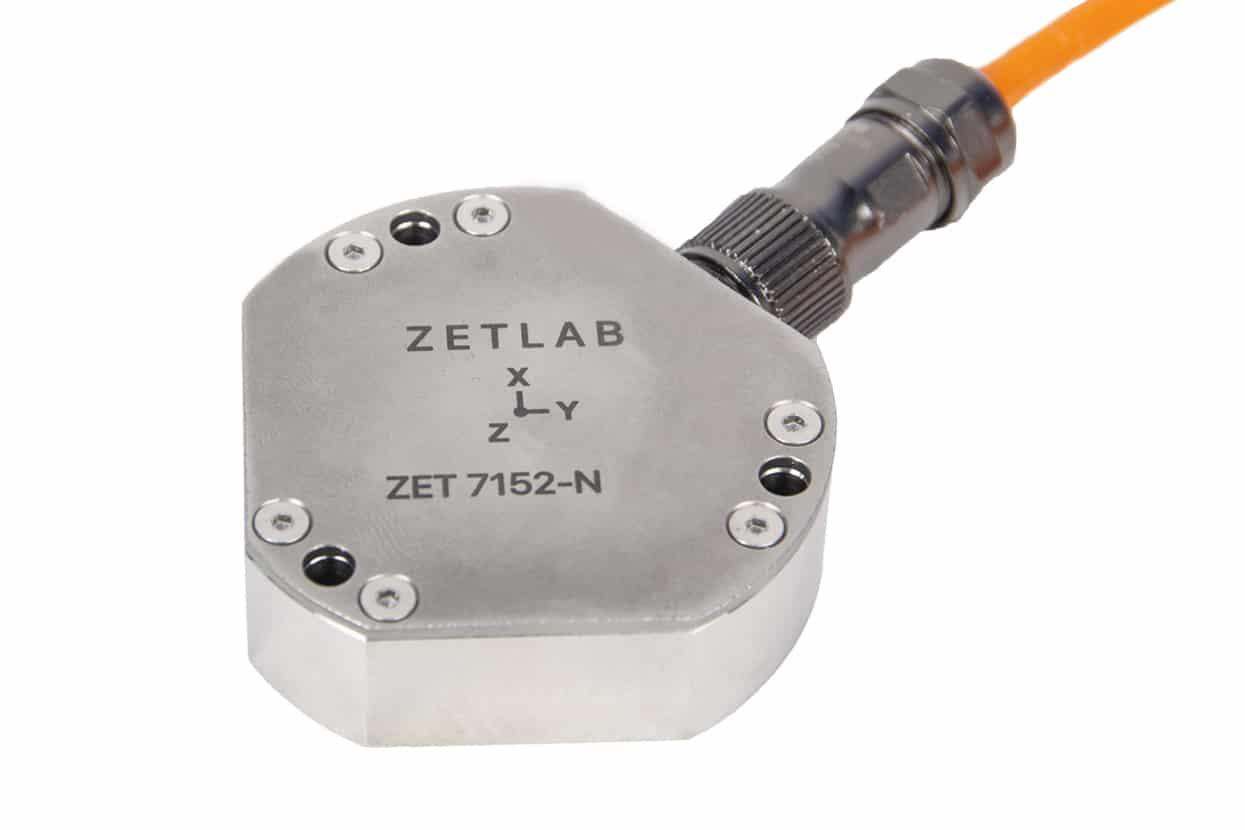 Цифровой акселерометр ZET 7152-N Pro вид сверху