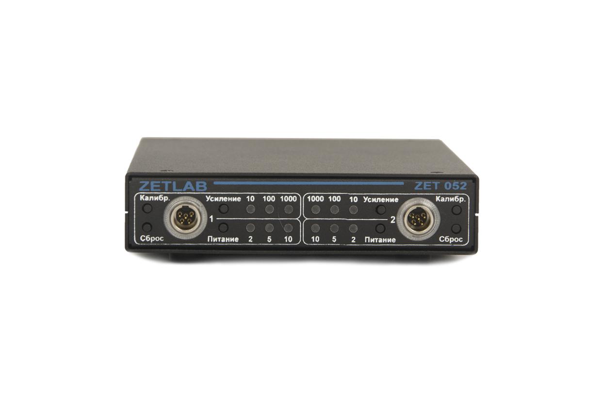 Strain-gauge amplifier ZET 052 - front panel - indicators - controllers