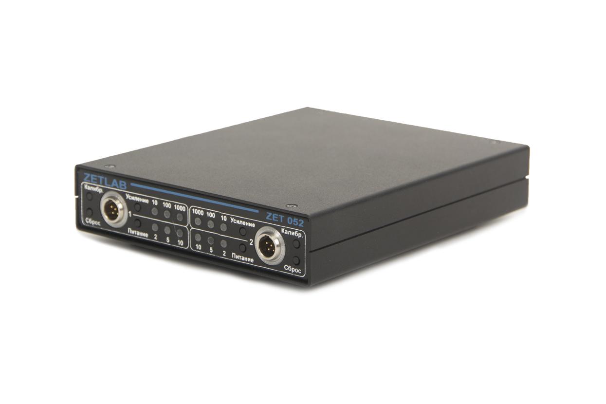 Strain-gauge amplifier ZET 052 - general view