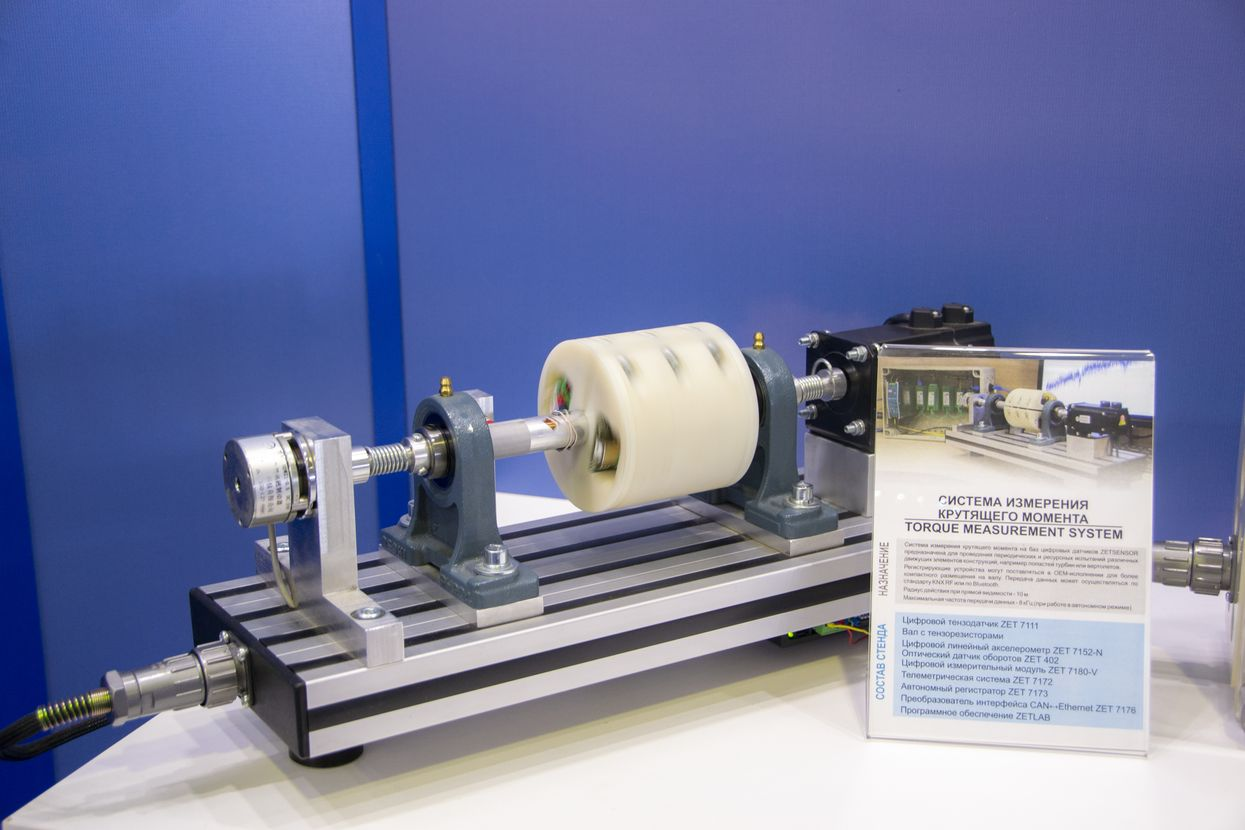 Shaft-torque-measurement-exhibition-stand-at-MAKS-2019-1